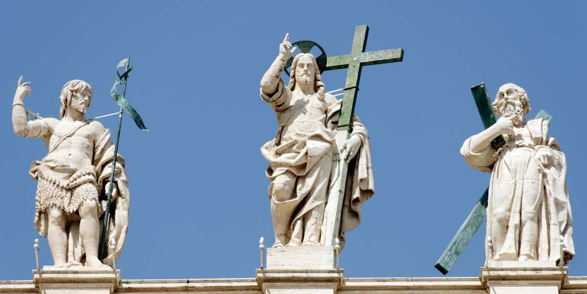 statues-on-the-facade-of-st-peter-s-basilica-rome_orig